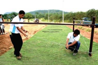 ตัวอย่าง ขั้นตอนการติดตั้งรั้ว - การติดตั้งชุดรับแรง